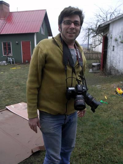 med kameran i högsta hugg
