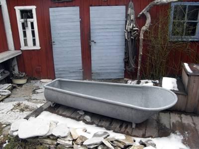 Badkar badkar ute : Mejl från Gården » 2009» mars